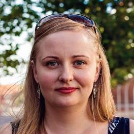 Dr Anna Gajda